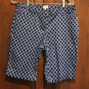 Laundry Bermuda shorts size 8 shelli segal guc
